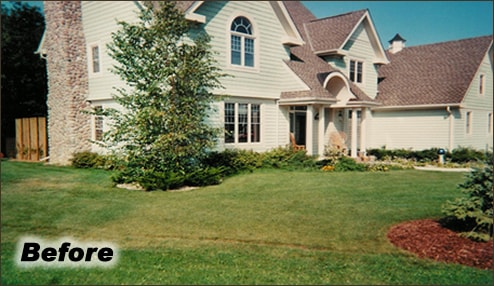 Flower Bed Renovations | Lawn Care and Landscape Management Services | Waukesha, Oconomowoc, Delafield, Brookfield, Menomonee Falls, Pewaukee, Wisconsin